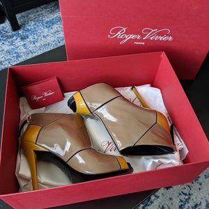 Roger Vivier Booties - Size 6.5